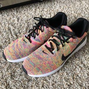 Nike flyknit running shoes men size 10.5